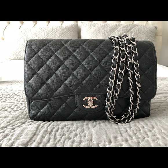 a434f565ec9d CHANEL Handbags - Authentic Chanel Classic Single Flap Bag